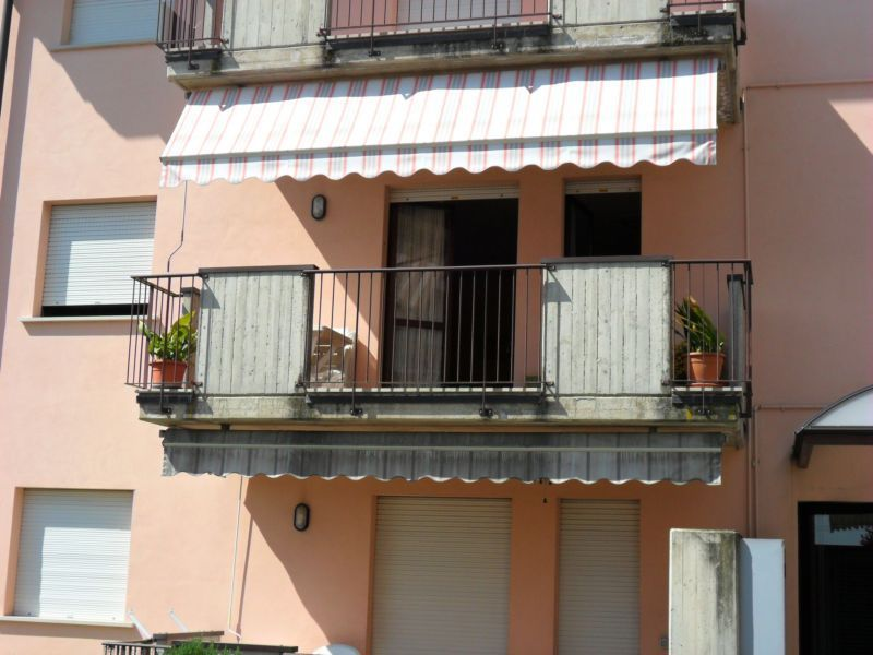Outside view Location Apartment 69665 Sirmione