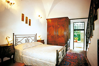 bedroom 1 Location Villa 11865 Arezzo