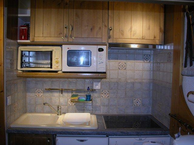 Open-plan kitchen Location Studio apartment 211 Les Arcs