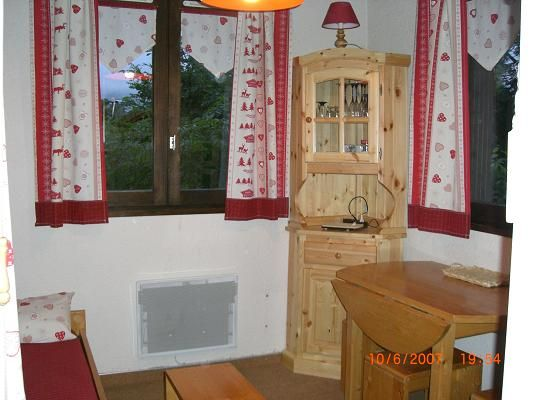 Sitting room Location Studio apartment 27715 Les Carroz d'Araches