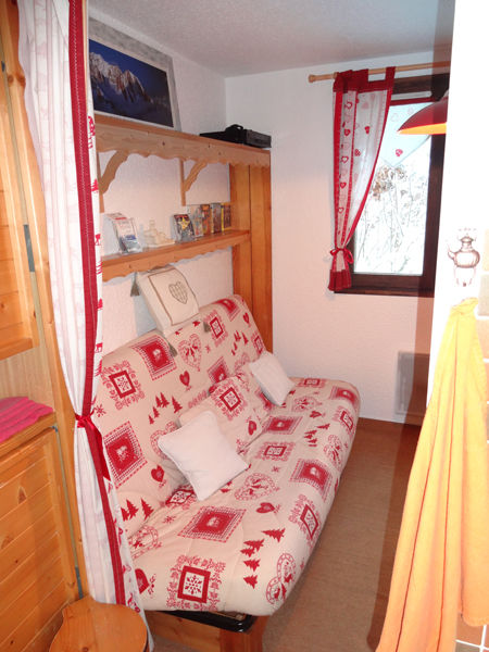 Extra sleeping accommodation Location Studio apartment 27715 Les Carroz d'Araches