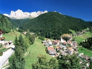View from the property Location Apartment 38385 Carezza