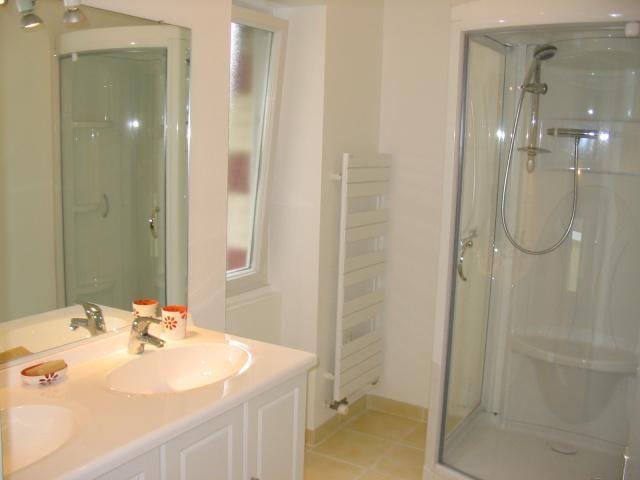 bathroom Location House 7524 Dinard