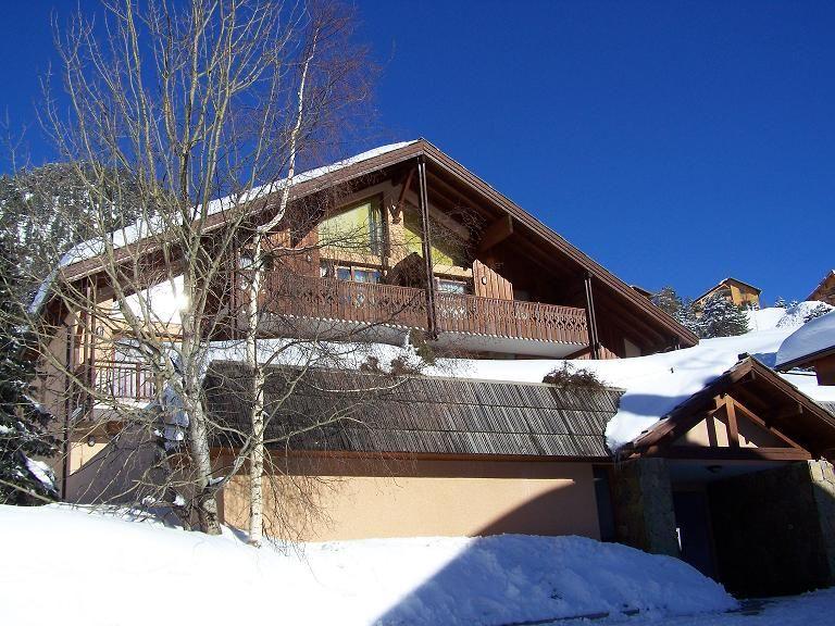 Outside view Location Apartment 87141 Montgenevre