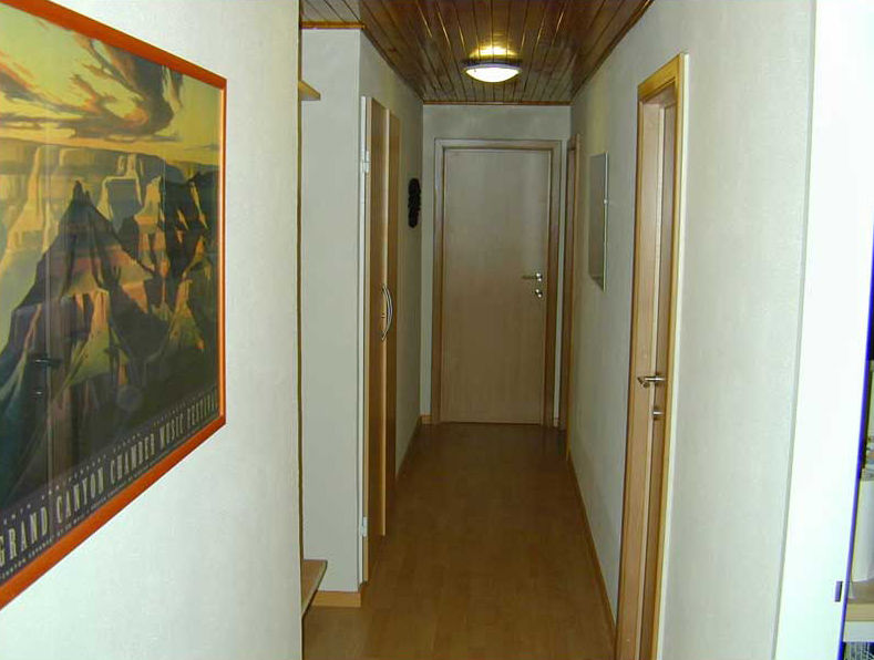 Corridor Location Apartment 64 Alpe d'Huez