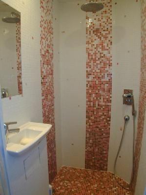 Washing facilities 1 Location House 88875 Biarritz
