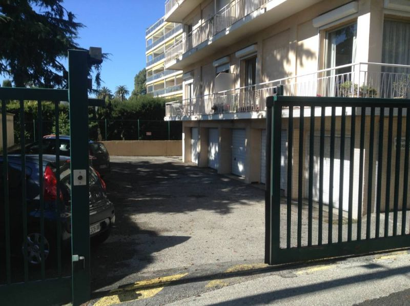 Parking Location Apartment 104812 Cannes