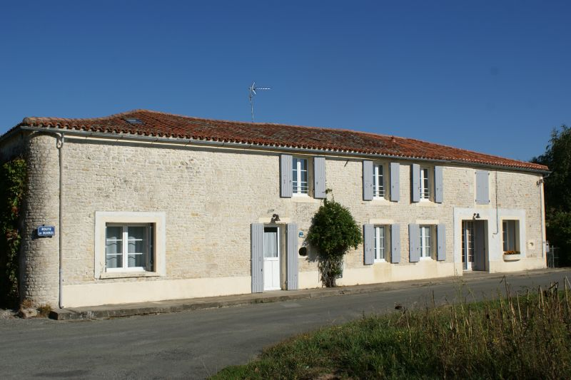 Outside view Location Self-catering property 108187 La Rochelle