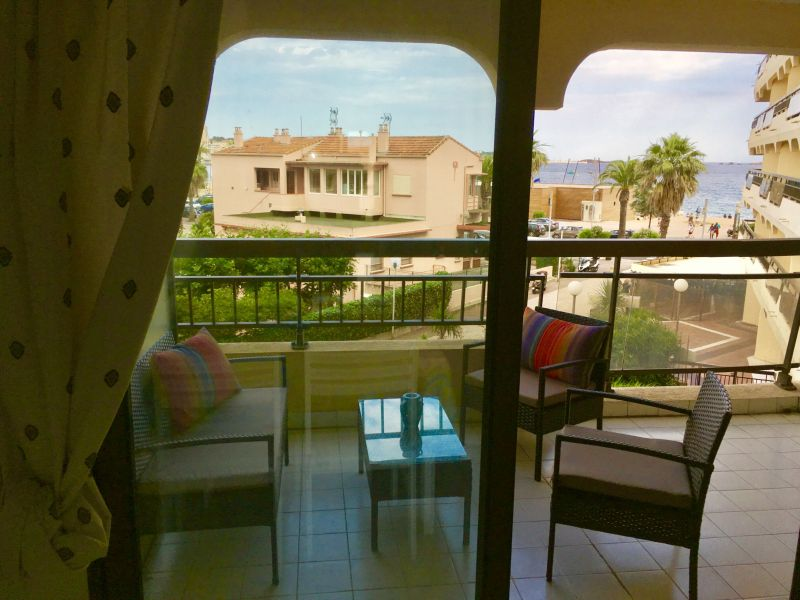 Terrace Location Studio apartment 110777 Fréjus