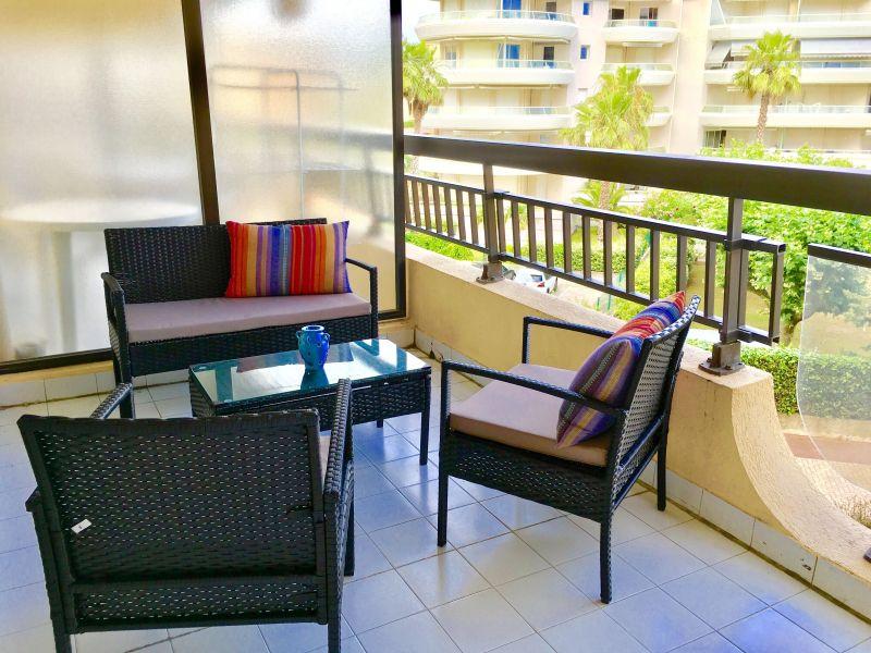 Terrace Location Studio apartment 110777 Fréjus