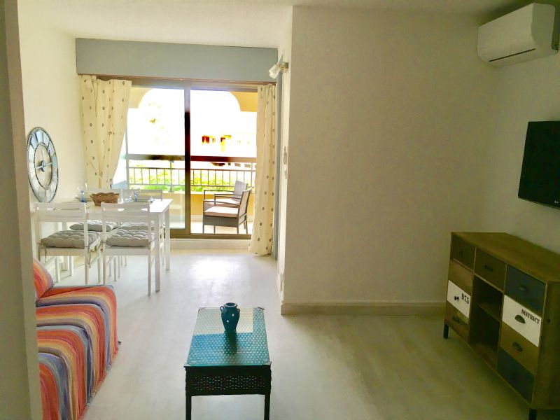 Living room Location Studio apartment 110777 Fréjus