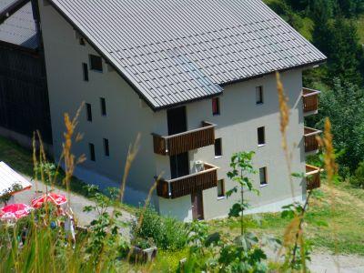 Outside view Location Apartment 112032 Le Bourg-d'Oisans