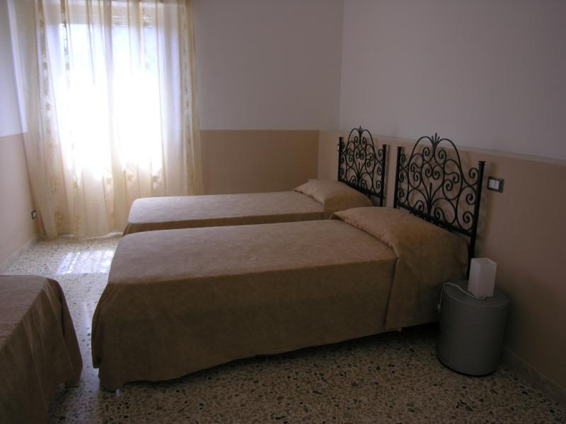 bedroom 3 Location Apartment 64606 Scopello