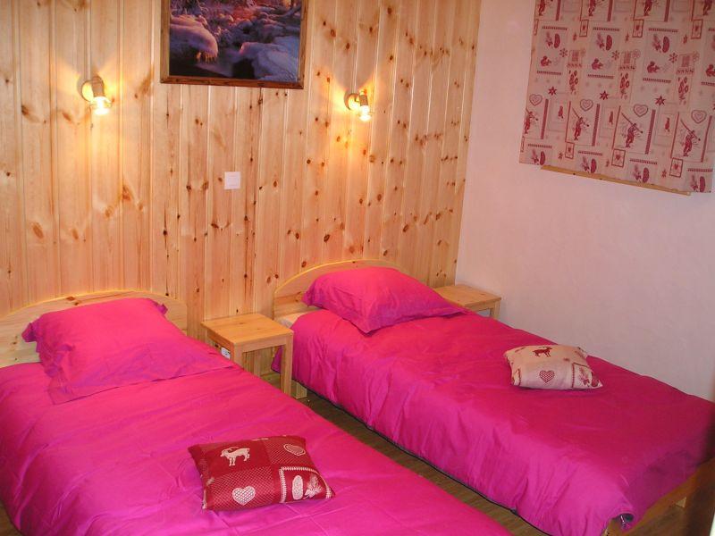 bedroom 6 Location Chalet 65260 La Plagne