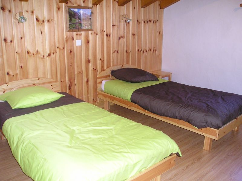 bedroom 2 Location Chalet 65260 La Plagne