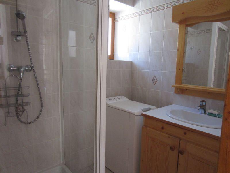bathroom 2 Location Apartment 109968 Val Cenis