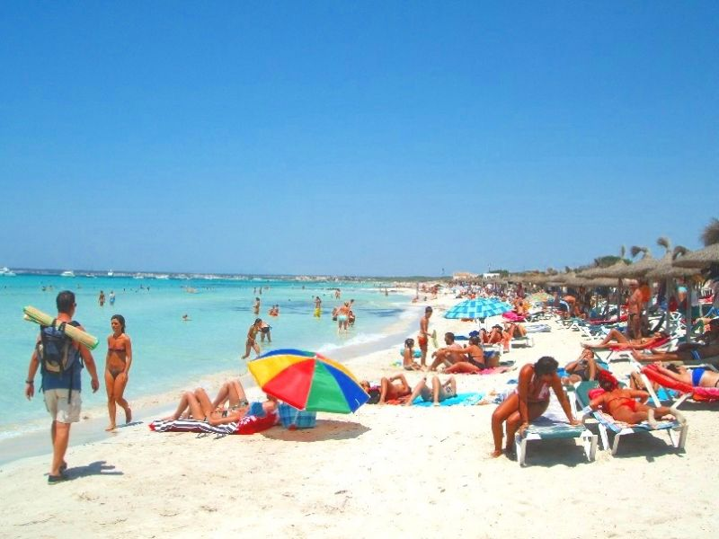 Beach Location Self-catering property 111077 Campos