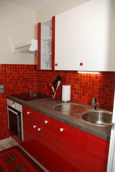 Sep. kitchen Location Self-catering property 112877 Cannes
