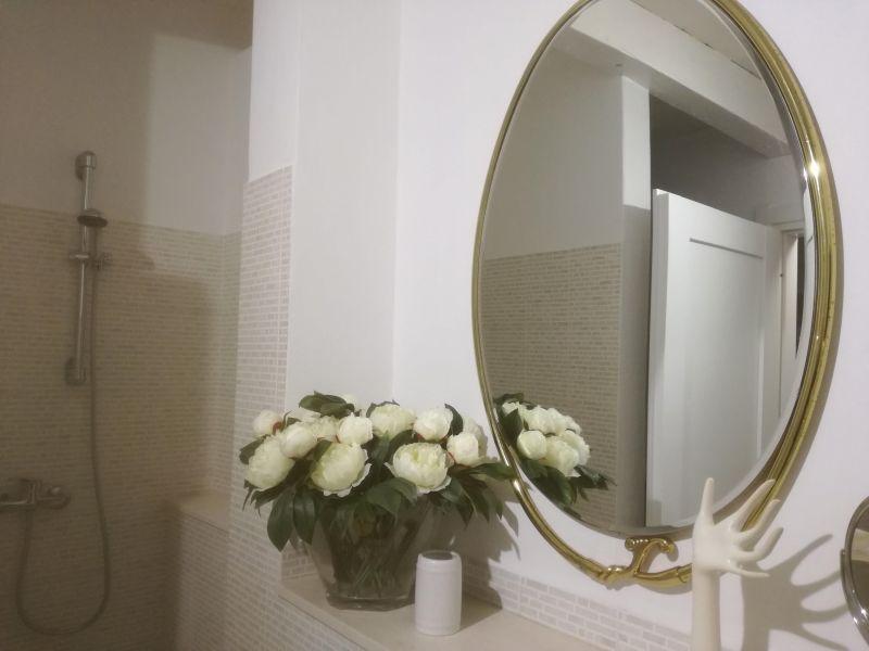 bathroom Location Villa 114399 Ostuni