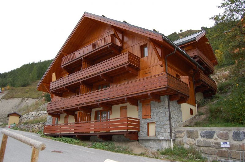Outside view Location Apartment 117722 Valloire
