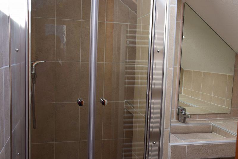 bathroom 2 Location Apartment 117722 Valloire