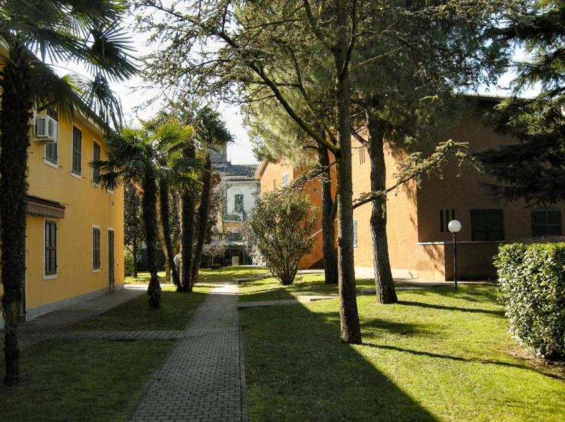 Location Apartment 74903 Sirmione