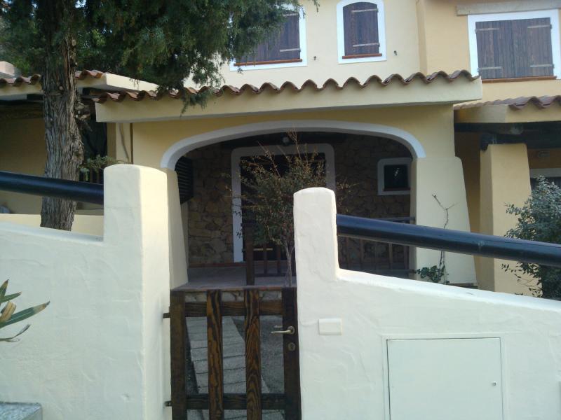 Outside view Location Apartment 84500 Santa Teresa di Gallura