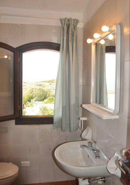 bathroom 2 Location Apartment 84500 Santa Teresa di Gallura