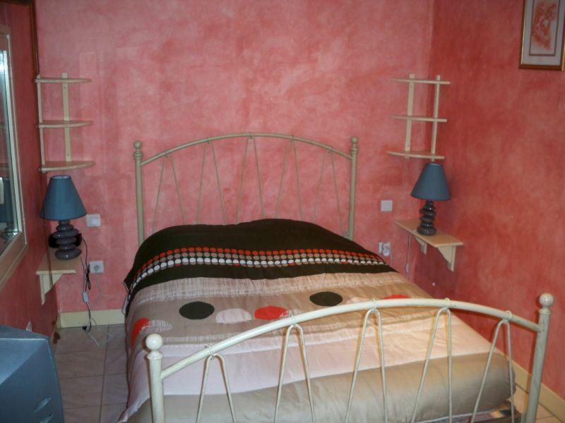 bedroom 1 Location House 90128 Forcalquier