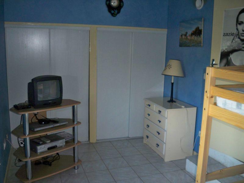 bedroom 2 Location House 90128 Forcalquier