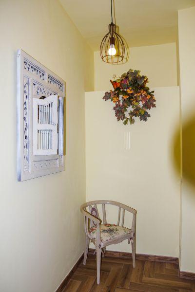 Corridor Location Apartment 100209 Chianni