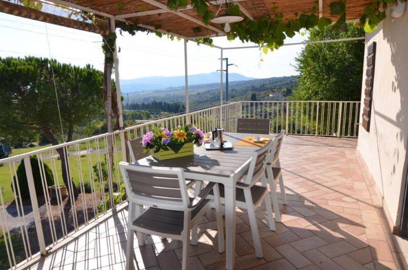 Terrace 2 Location Apartment 100209 Chianni