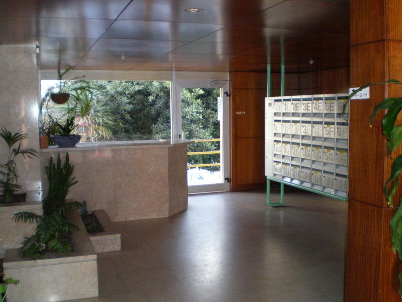 Hall Location Apartment 106641 Lisbon