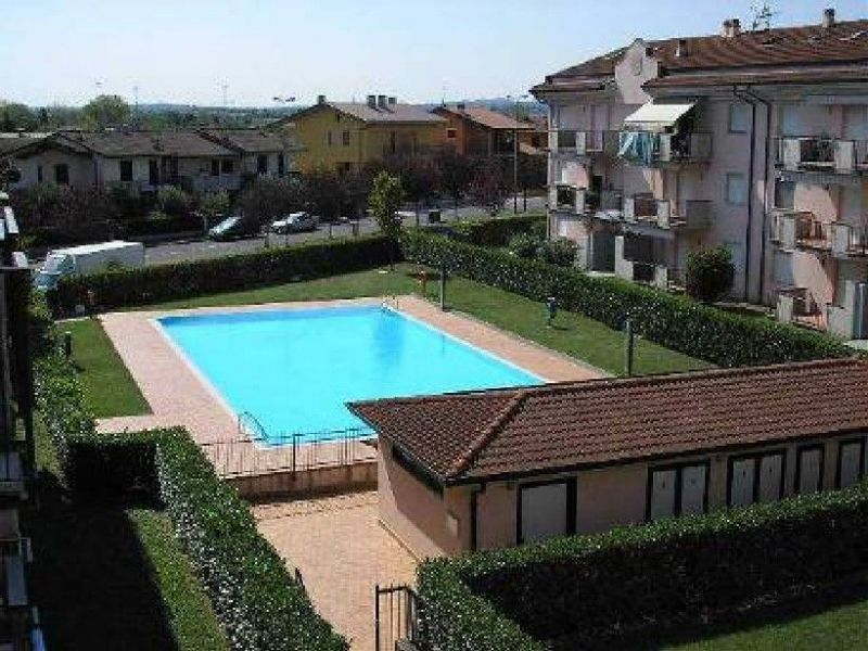 Swimming pool Location Apartment 69665 Sirmione