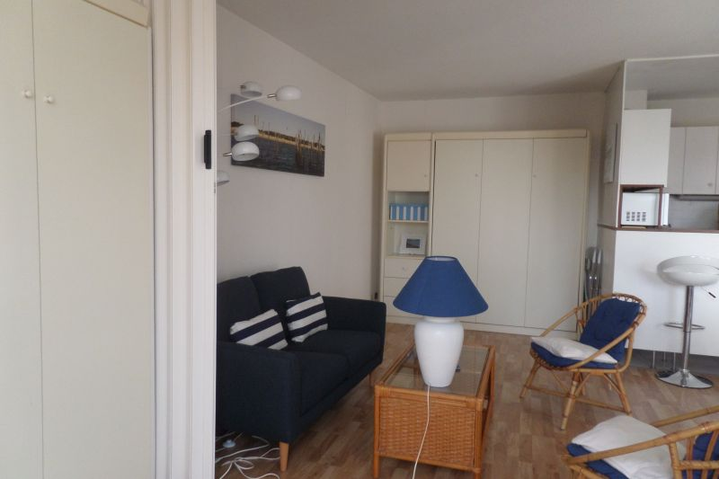 bedroom 1 Location Apartment 75728 Arcachon