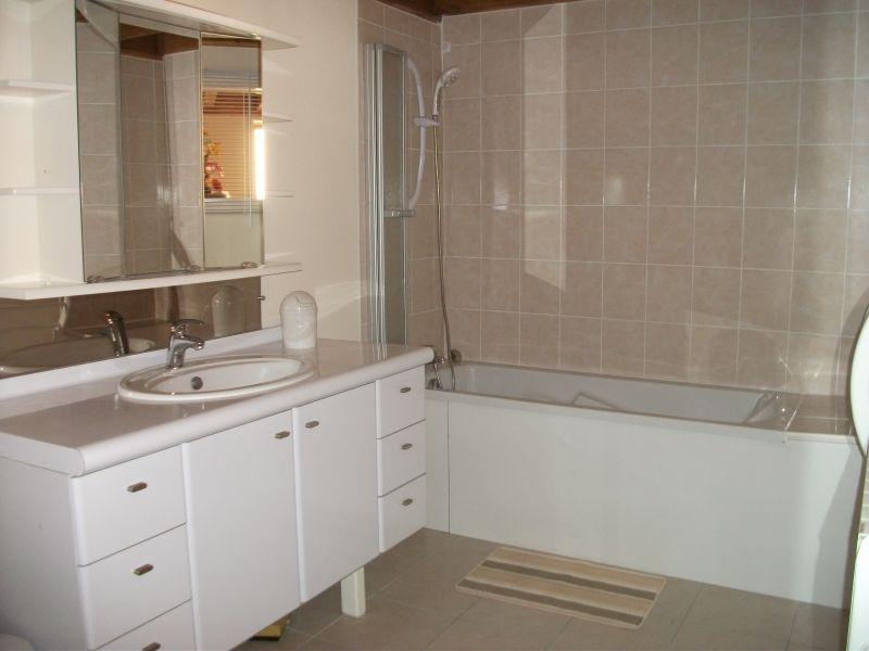 bathroom Location Apartment 105474 Cublize