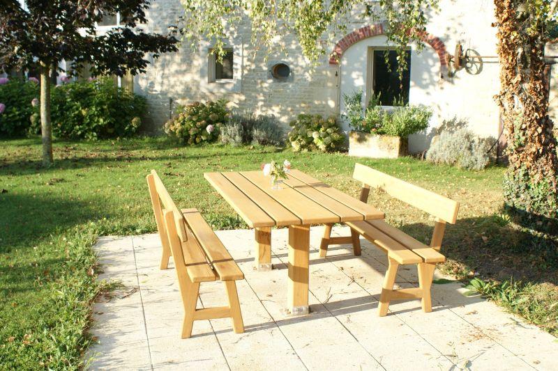 Garden Location Self-catering property 108201 La Rochelle