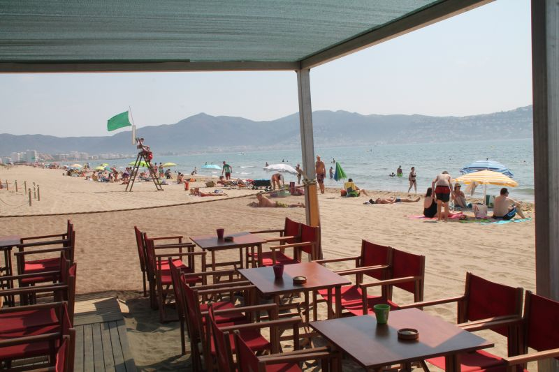 Beach Location Apartment 109125 Empuriabrava