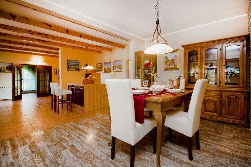 Dining room Location House 112578 Marina