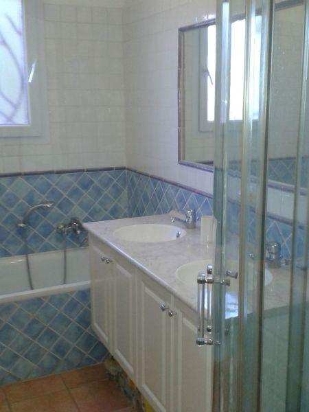 bathroom Location Villa 113482 Vence