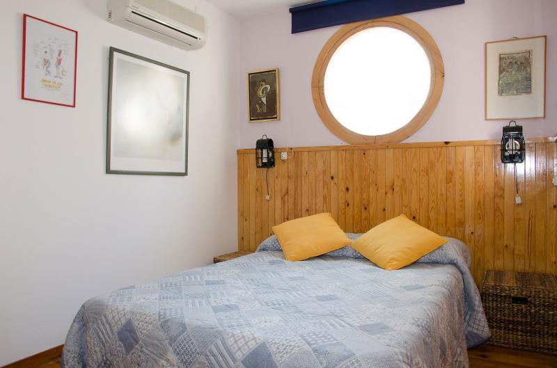 bedroom Location Apartment 64429 Sitges