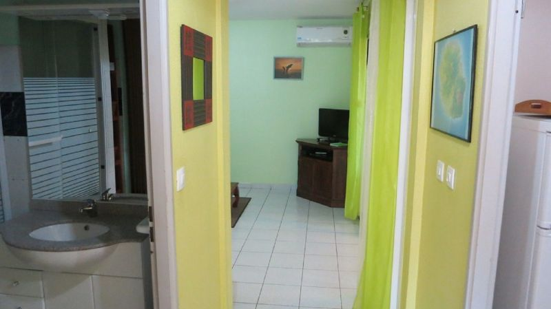 Hall Location Studio apartment 74485 L'Hermitage