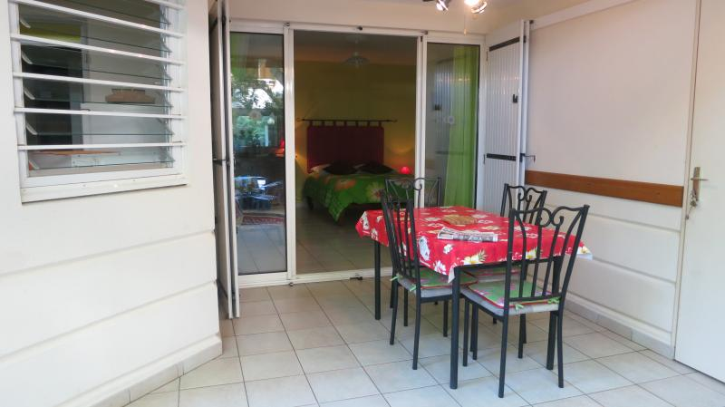 Veranda Location Studio apartment 74485 L'Hermitage