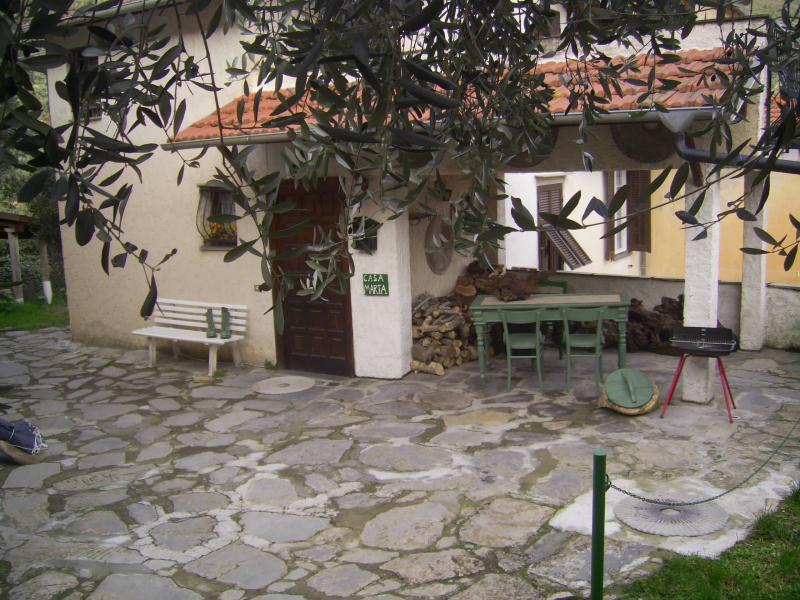 Outside view Location Self-catering property 80842 Dolcedo