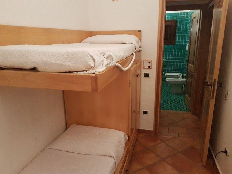bedroom 3 Location Villa 90063 Santa Teresa di Gallura