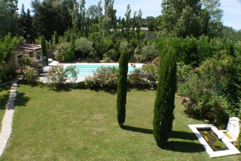 View from the balcony Location Villa 103227 Villeneuve lez Avignon