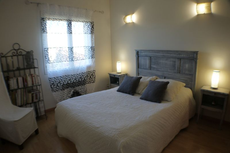 bedroom 4 Location Villa 103227 Villeneuve lez Avignon