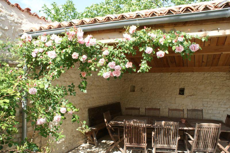 Terrace Location Self-catering property 108202 La Rochelle