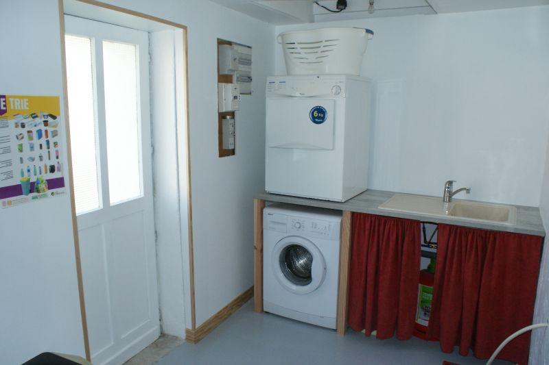 Cellar Location Self-catering property 108202 La Rochelle