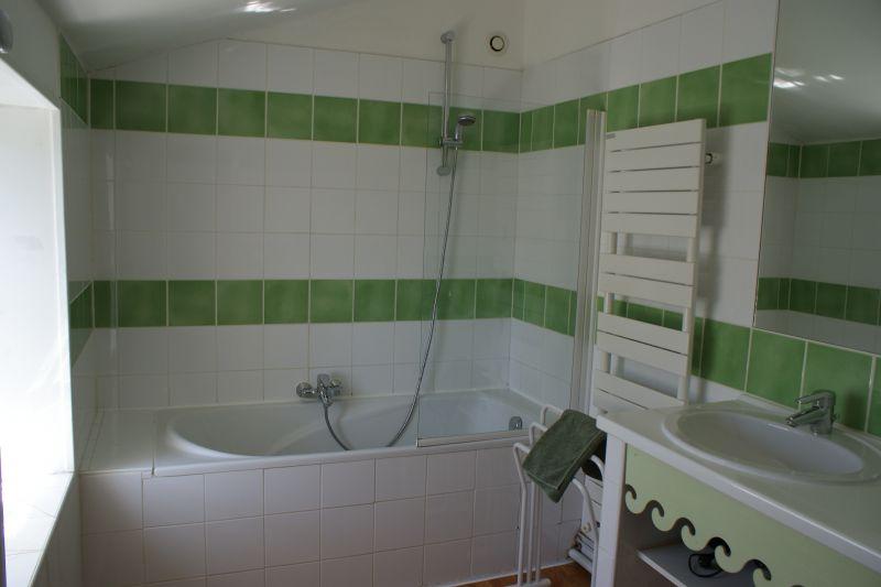 bathroom Location Self-catering property 108202 La Rochelle
